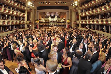 Opernball 2011 - Tanz in die €ra Meyer