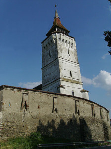440px-Rotbav_Fortified_Church