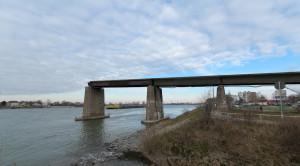 Gernsheim-Brücke-Ruine